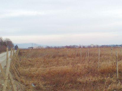 Bulgaria land invest