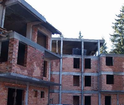 Site progress - roof stage